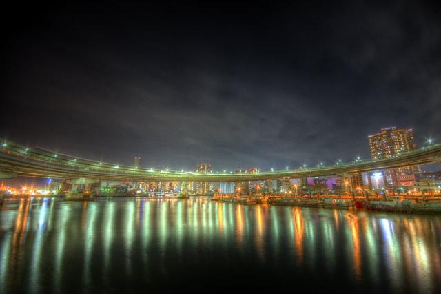 HDR(ハイダイナミックレンジ)レインボーブリッジの光と水面@芝浦東京bridge006.jpg