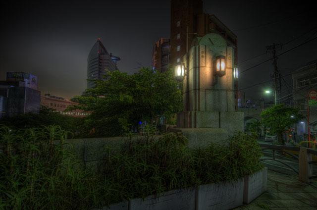 HDR(ハイダイナミックレンジ)夜景と橋のふもとのHDR@中目黒bridge013.jpg