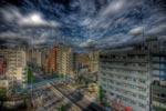 ハイダイナミックレンジ写真 - 駒沢通り沿いマンション階段の〜ぼる〜@中目黒