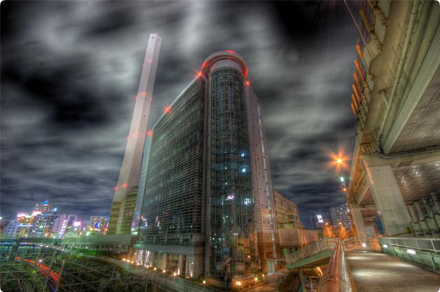 HDR(ハイダイナミックレンジ)なんてビルかしら夜景@池袋building25.jpg