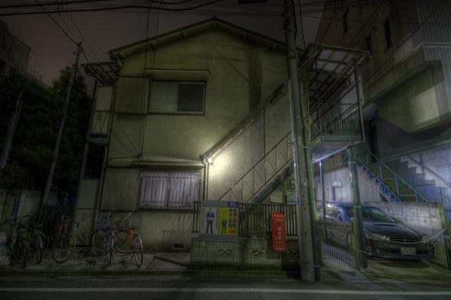 HDR(ハイダイナミックレンジ)民家の点光源@中目黒building96.jpg