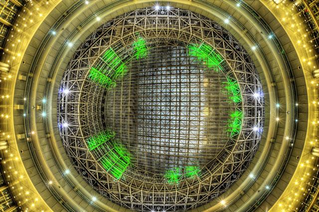 HDR(ハイダイナミックレンジ)近代建築天井@テレコムセンター
