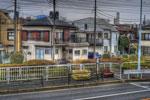 ハイダイナミックレンジ写真 - バス停のシュールチェアー@葛飾