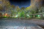 ハイダイナミックレンジ写真 - バス停前の広場@大塚公園