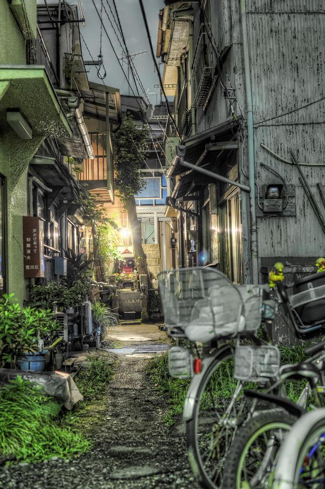 日本カメラ7月号に掲載していただきました