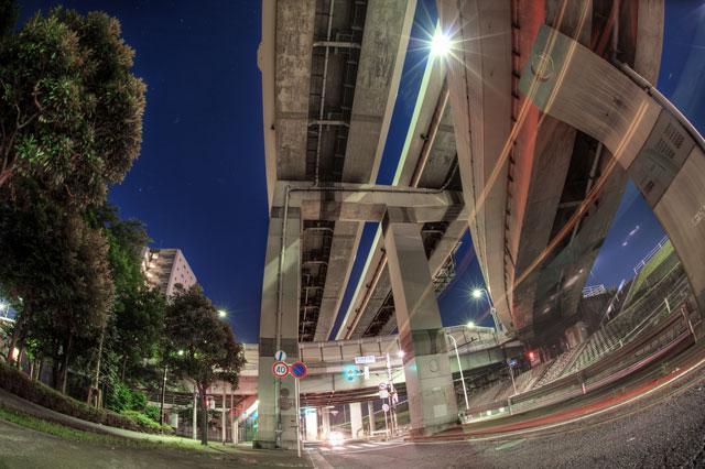 自転車で夜中散輪してるとこういうネタが頭を駆け巡ります@港北