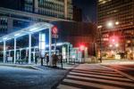 ハイダイナミックレンジ写真 - 東京駅と横断歩道と寒暖