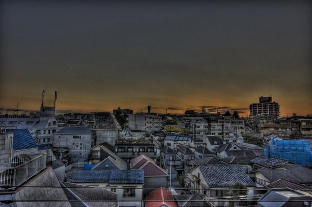 HDR(ハイダイナミックレンジ)某ビル屋上の夕焼け@代々木近辺 sky010.jpg