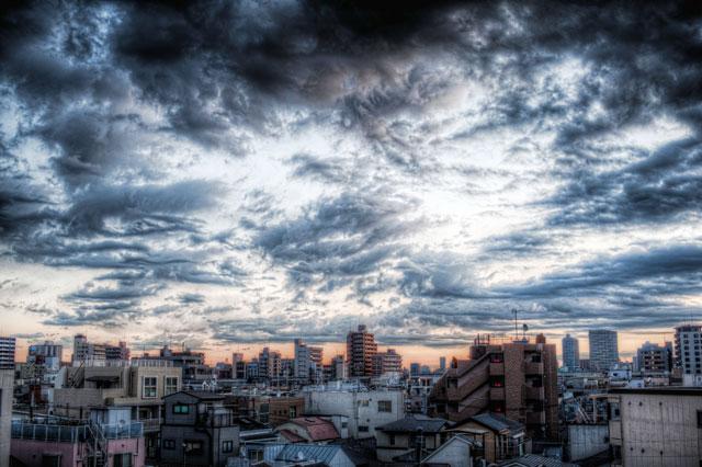 飲みの帰りの空の@田端