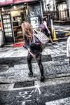 ハイダイナミックレンジ写真 - 銀残しと人物と@渋谷